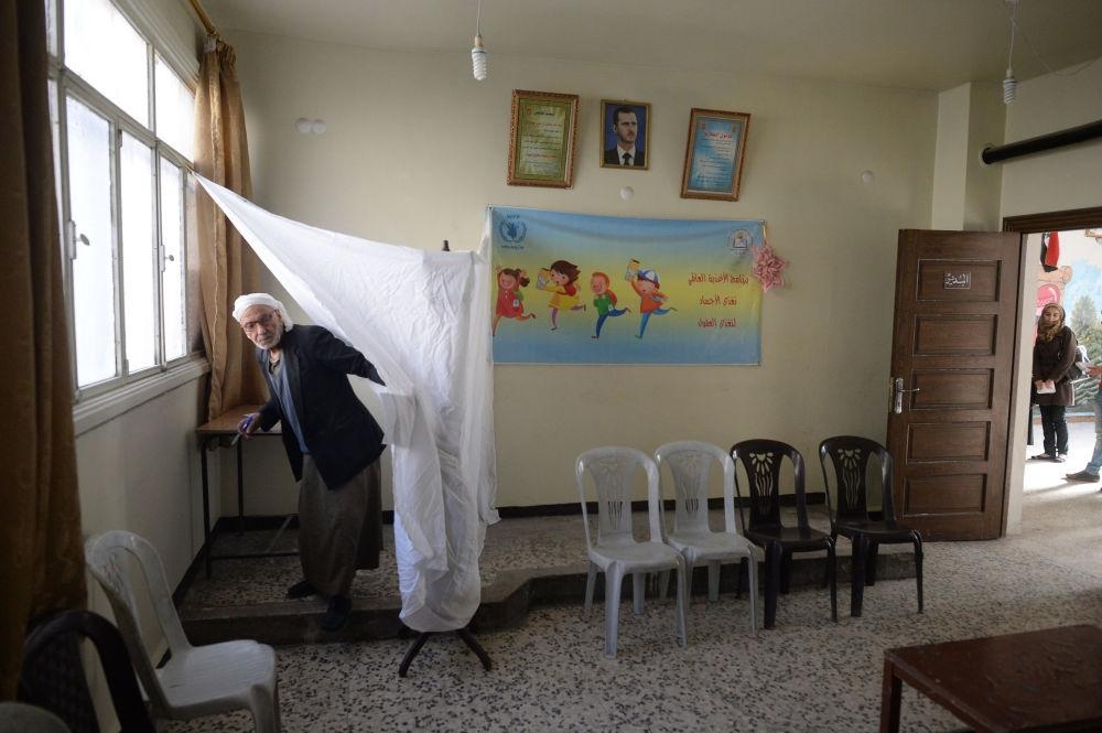 Suriye halkı sandık başında galerisi resim 8