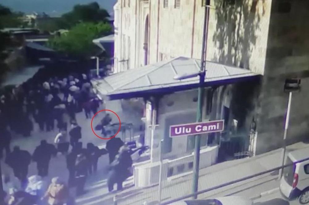 Bursa'da canlı bomba kendini patlattı galerisi resim 2