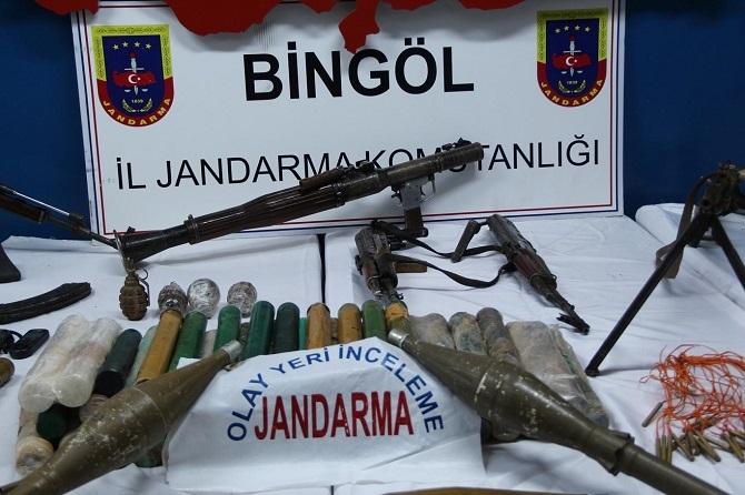 Bingöl'de PKK'ya ait çok sayıda mühimmat ele geçirildi galerisi resim 2
