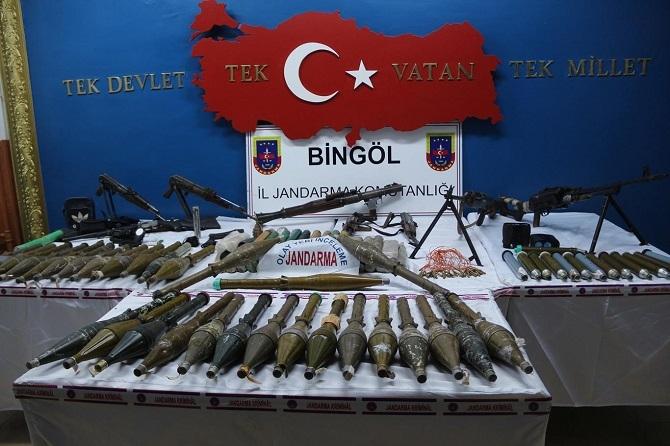Bingöl'de PKK'ya ait çok sayıda mühimmat ele geçirildi galerisi resim 4