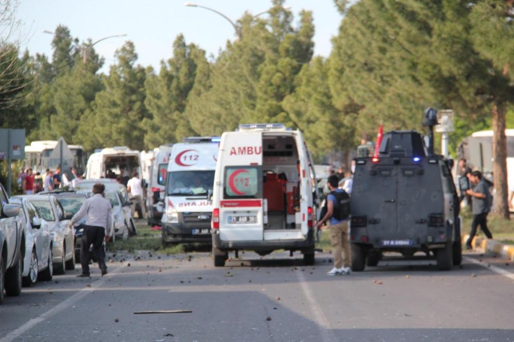 Diyarbakır'da büyük patlama oldu galerisi resim 11