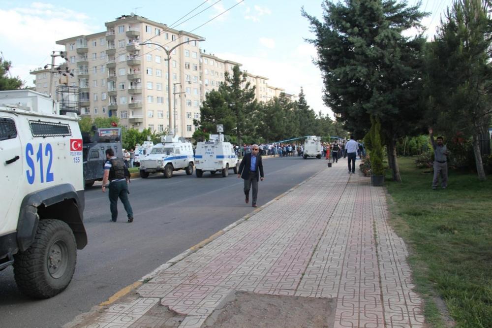 Diyarbakır'da büyük patlama oldu galerisi resim 17