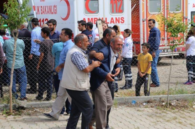 PKK'nın katlettiği 13 kişinin cenazesi Tanışık köyünde galerisi resim 5