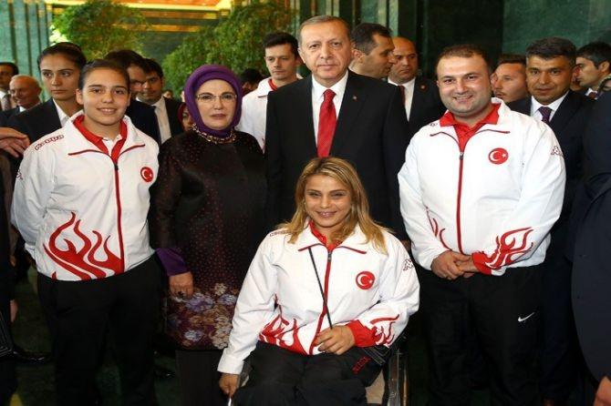 Cumhurbaşkanı Erdoğan gençleri ağırladı galerisi resim 16