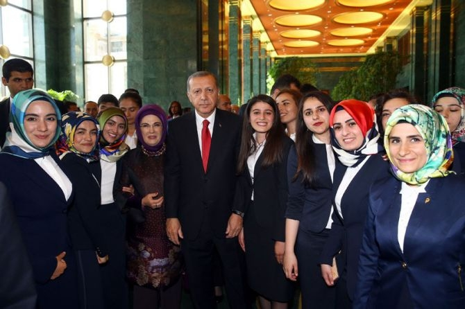 Cumhurbaşkanı Erdoğan gençleri ağırladı galerisi resim 17