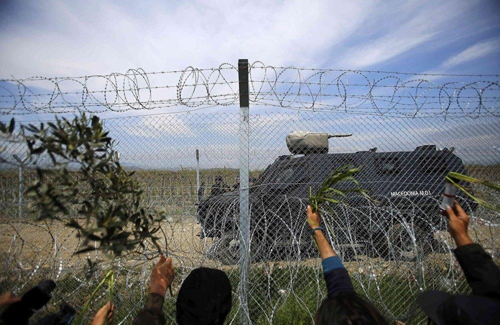Yunanistan'ın Makedonya sınırındaki İdomeni kampı boşaltılıyor galerisi resim 5