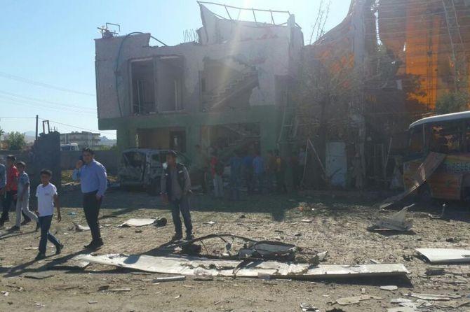 Silopi'deki patlamanın tahribatı ortaya çıktı galerisi resim 1
