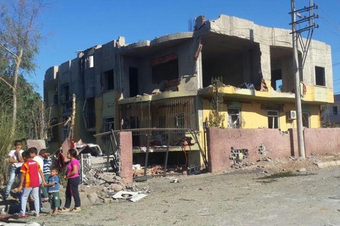 Silopi'deki patlamanın tahribatı ortaya çıktı galerisi resim 2