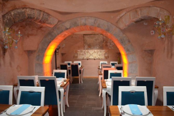 810 Yıllık Tarihi Sultan Hamamı Restoran olarak hizmet veriyor galerisi resim 16