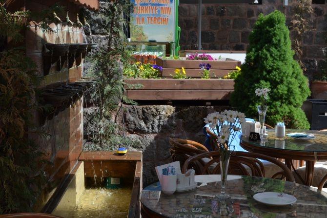 810 Yıllık Tarihi Sultan Hamamı Restoran olarak hizmet veriyor galerisi resim 25