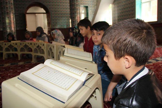 Camiler çocuklarla cıvıl cıvıl galerisi resim 1
