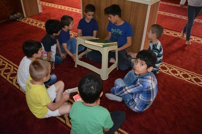 Camiler çocuklarla cıvıl cıvıl galerisi resim 10