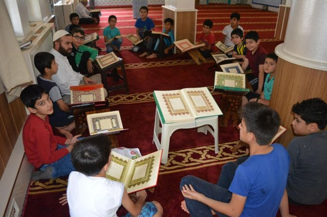 Camiler çocuklarla cıvıl cıvıl galerisi resim 8