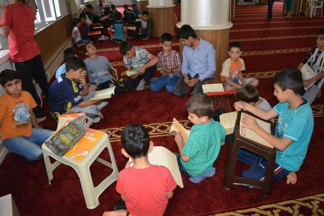 Camiler çocuklarla cıvıl cıvıl galerisi resim 9