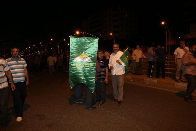 Darbe karşıtı gösteriler sabaha kadar devam etti galerisi resim 15
