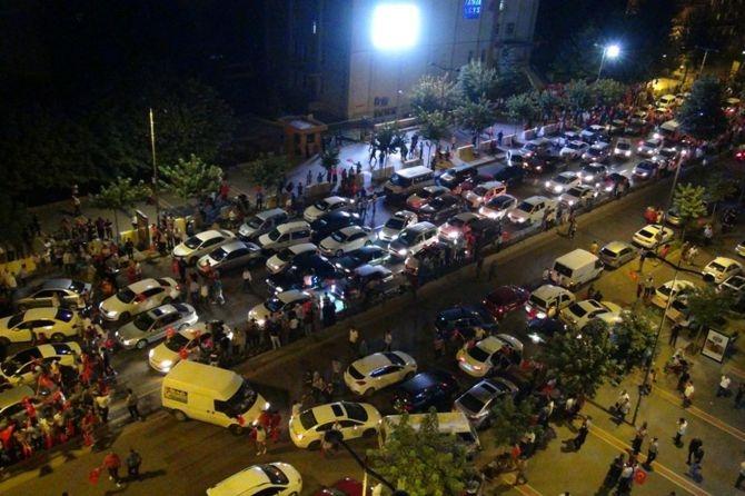 Darbe karşıtı gösteriler sabaha kadar devam etti galerisi resim 49
