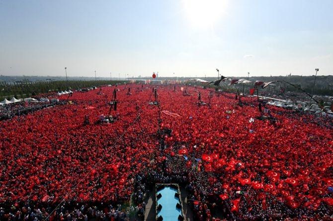 Cumhurbaşkanı Erdoğan Yenikapı'da 5 milyona seslendi galerisi resim 15