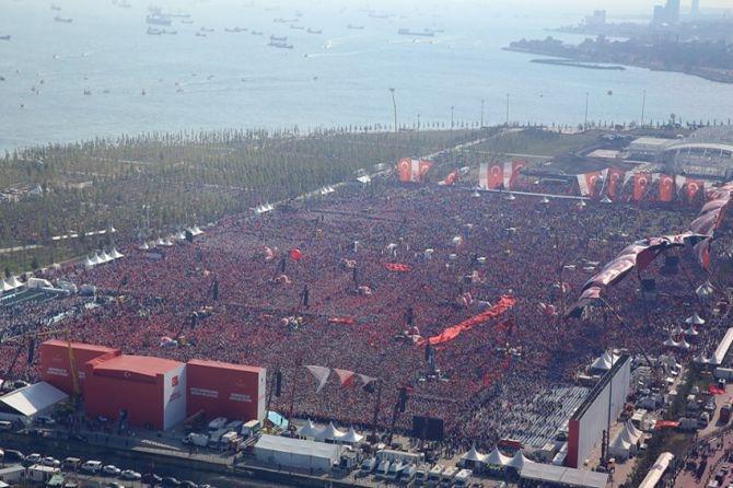 Cumhurbaşkanı Erdoğan Yenikapı'da 5 milyona seslendi galerisi resim 18