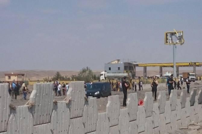 Diyarbakır'da bombalı saldırı! Ölü ve yaralılar var galerisi resim 17