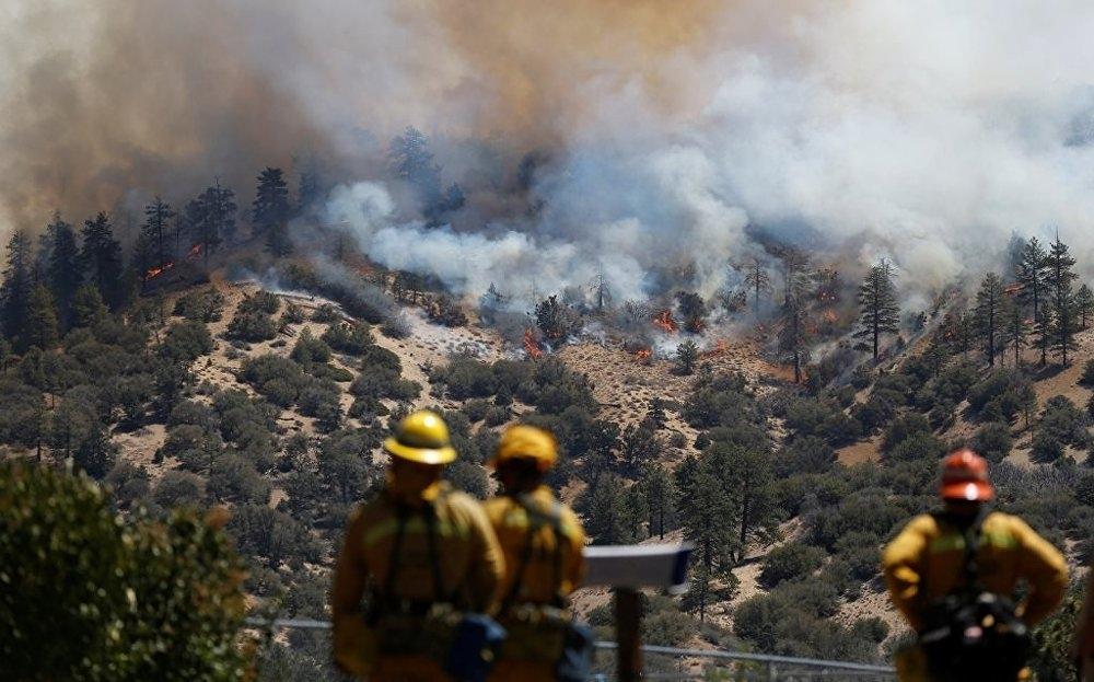 Kaliforniya yanıyor galerisi resim 1