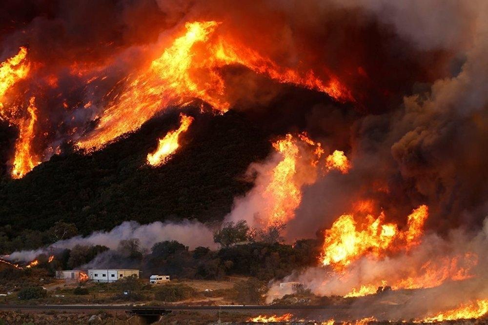 Kaliforniya yanıyor galerisi resim 3