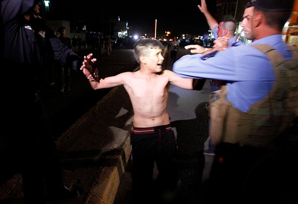 Üzerinde canlı bomba olan çocuk yakalandı galerisi resim 1