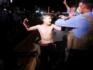 Üzerinde canlı bomba olan çocuk yakalandı