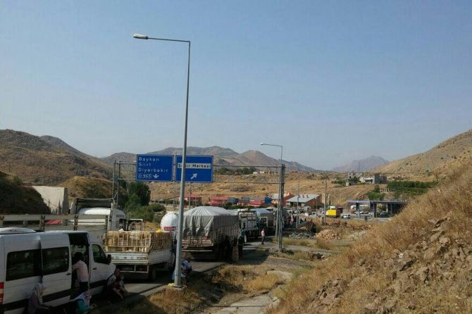 PKK Bitlis'te yol kesti! galerisi resim 4