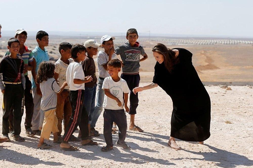 Ünlü oyuncu, Angelina Jolie'den Suriye çağrısı galerisi resim 1