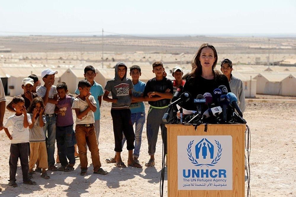 Ünlü oyuncu, Angelina Jolie'den Suriye çağrısı galerisi resim 3