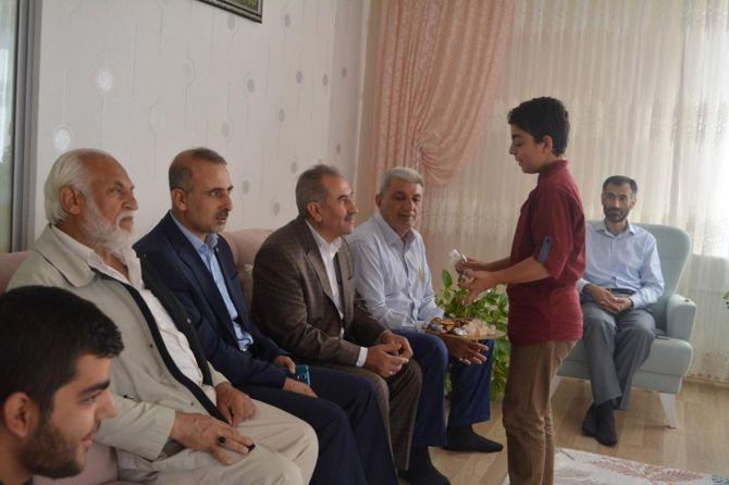 Yapıcıoğlu'ndan FETÖ ve 28 Şubat Mağduru ailelere ziyaret galerisi resim 12