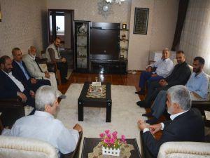 Yapıcıoğlu'ndan FETÖ ve 28 Şubat Mağduru ailelere ziyaret