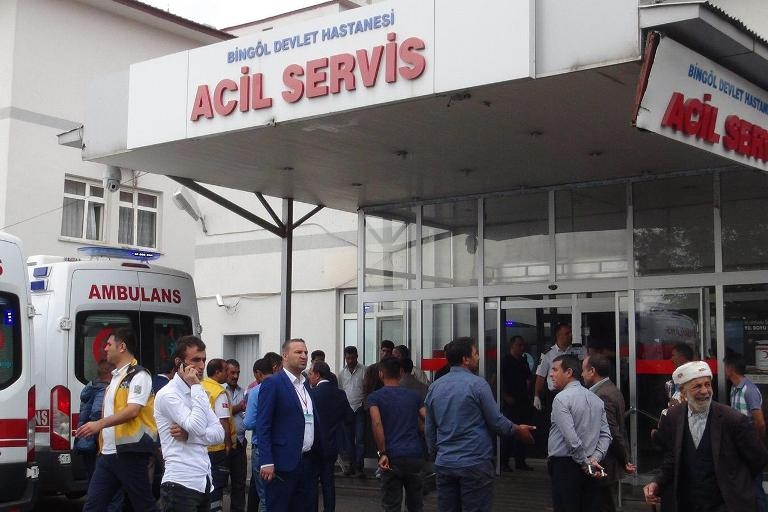 Bingöl'de trafik kazası: 4 ölü 11 yaralı galerisi resim 1