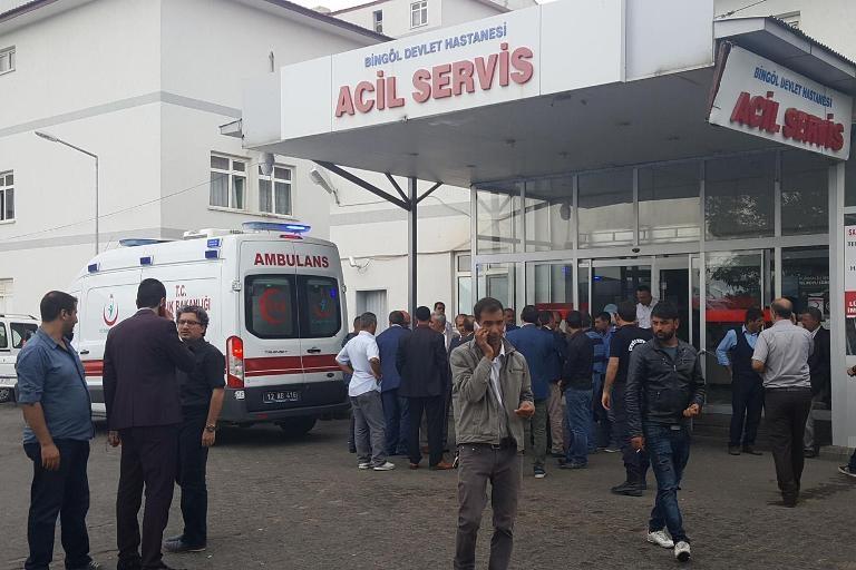 Bingöl'de trafik kazası: 4 ölü 11 yaralı galerisi resim 10