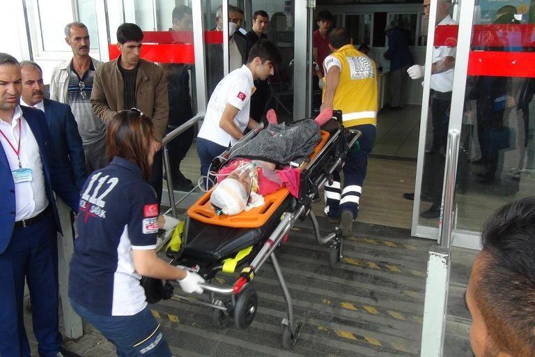 Bingöl'de trafik kazası: 4 ölü 11 yaralı galerisi resim 12