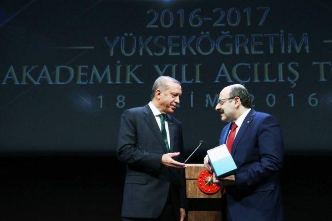 """Cumhurbaşkanı Erdoğan: """"Üniversiteleri topluma değer katan kurumlar galerisi resim 5"""