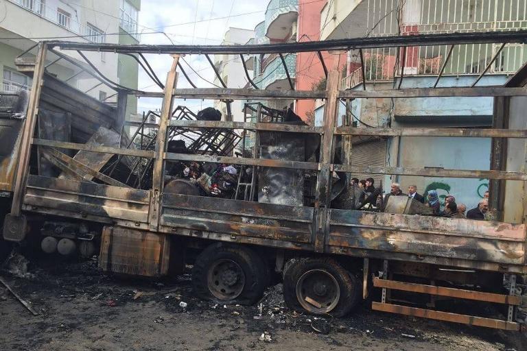 Mardin'de Polis aracına bombalı saldırı galerisi resim 14