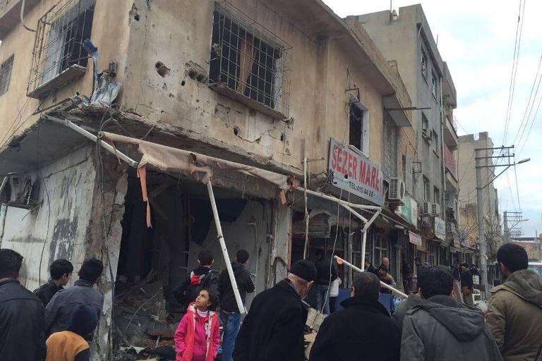 Mardin'de Polis aracına bombalı saldırı galerisi resim 16