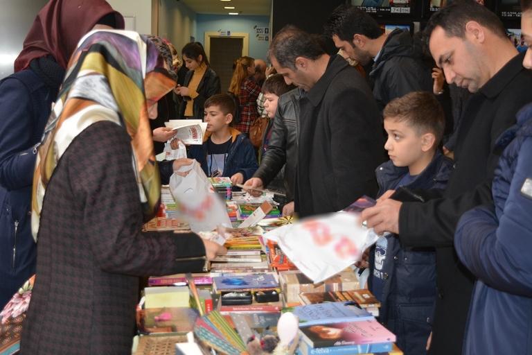 Kütüphanelerimizi Kitap'la dolduralım kampanyası galerisi resim 5