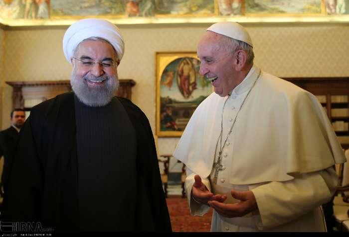 İran Cumhurbaşkanı Ruhanı ve Papa Francisus görüşmesinden kareler galerisi resim 1