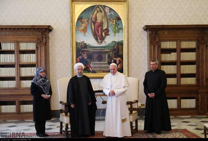 İran Cumhurbaşkanı Ruhanı ve Papa Francisus görüşmesinden kareler galerisi resim 11