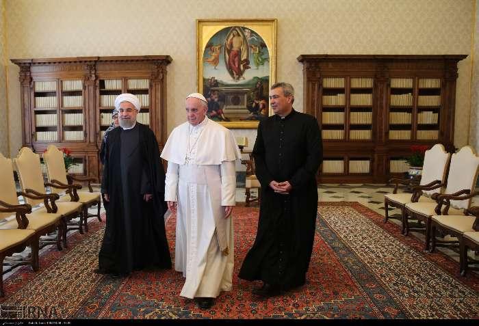 İran Cumhurbaşkanı Ruhanı ve Papa Francisus görüşmesinden kareler galerisi resim 12