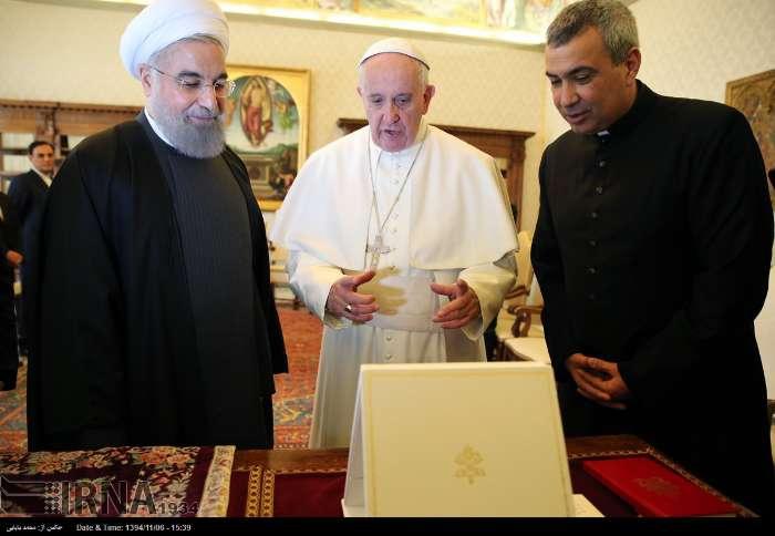 İran Cumhurbaşkanı Ruhanı ve Papa Francisus görüşmesinden kareler galerisi resim 15