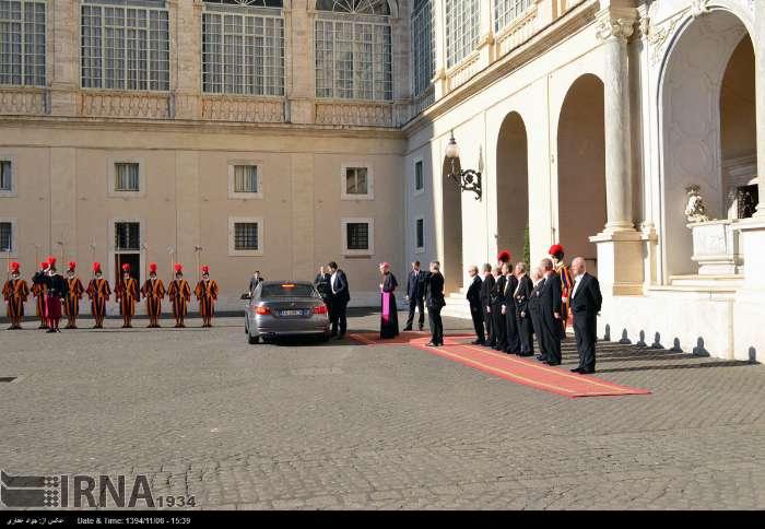 İran Cumhurbaşkanı Ruhanı ve Papa Francisus görüşmesinden kareler galerisi resim 16