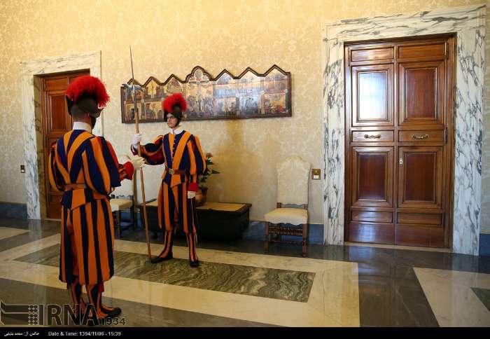 İran Cumhurbaşkanı Ruhanı ve Papa Francisus görüşmesinden kareler galerisi resim 17