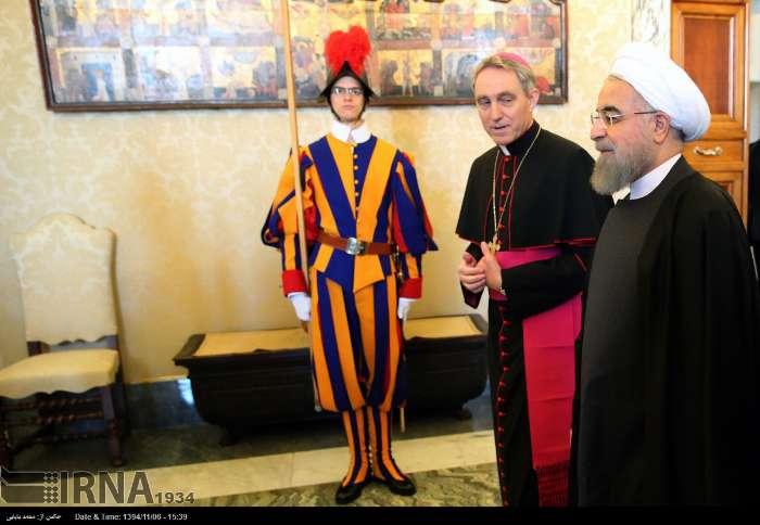 İran Cumhurbaşkanı Ruhanı ve Papa Francisus görüşmesinden kareler galerisi resim 19