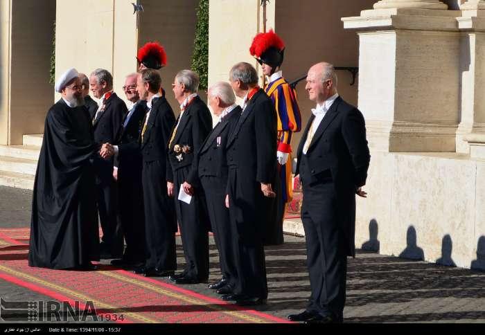 İran Cumhurbaşkanı Ruhanı ve Papa Francisus görüşmesinden kareler galerisi resim 2