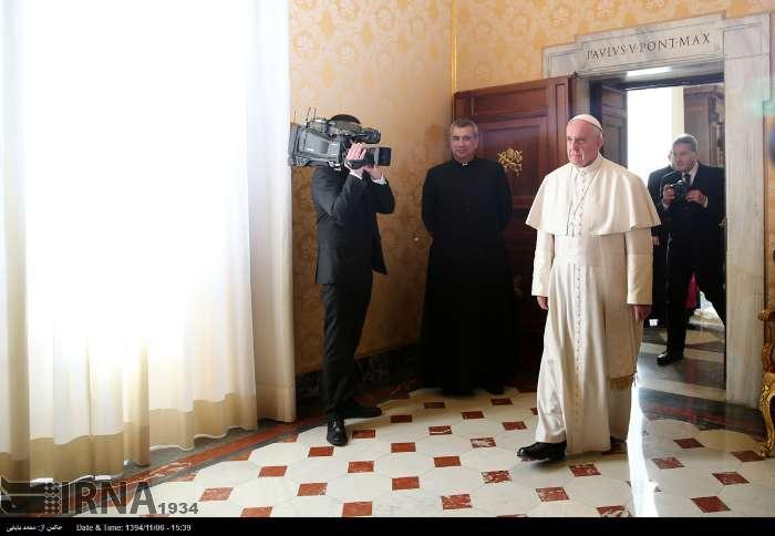İran Cumhurbaşkanı Ruhanı ve Papa Francisus görüşmesinden kareler galerisi resim 20