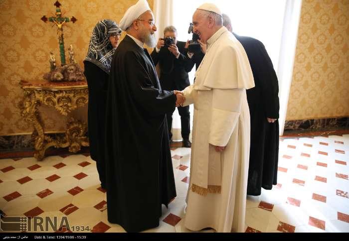 İran Cumhurbaşkanı Ruhanı ve Papa Francisus görüşmesinden kareler galerisi resim 3