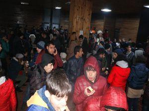 700 öğrenci kurtarıldı